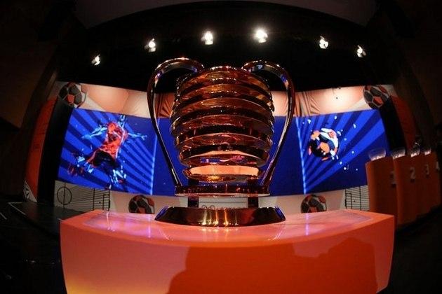 Copa do Nordeste - Competição será retomada em 21 de julho. Última rodada da primeira fase e jogos decisivos serão todos disputados na Bahia, sem torcida