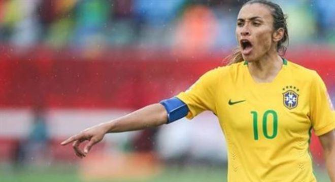 A crise causada pelo novo coronavírus levanta dúvidas sombrias para as jogadoras de futebol, alerta a Fifpro