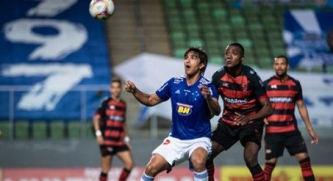 A derrota para o Oeste expôs mais problemas internos no Cruzeiro