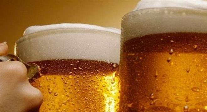 'A destruição desta cerveja também terá um custo não desprezível para as empresas', diz o sindicato