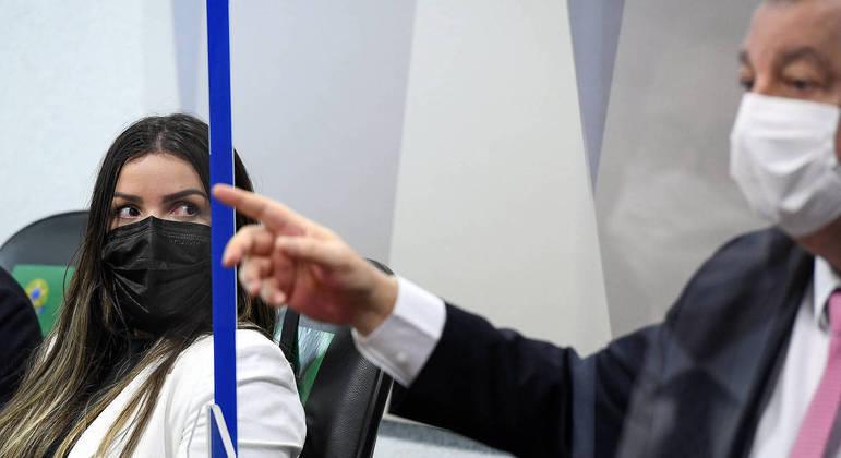 A diretora técnica da Precisa Medicamentos, Emanuela Medrades