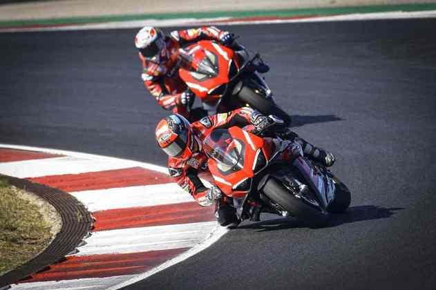 A dupla da Ducati também marcou presença em Portugal