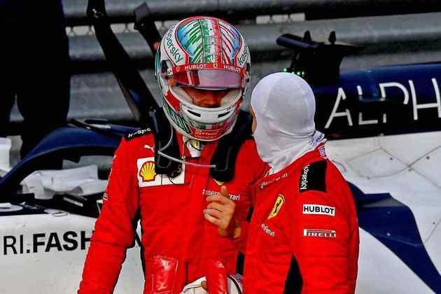 A dupla da Ferrari voltou a ter corridas distintas neste fim de semana