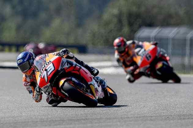 A dupla da Honda em Brno