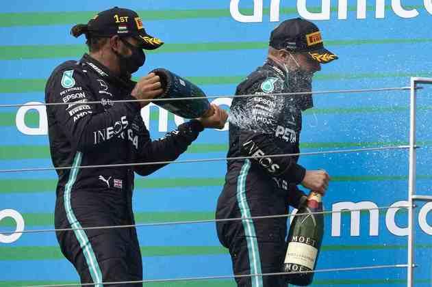 A dupla da Mercedes voltou a ocupar espaços do pódio em 2020
