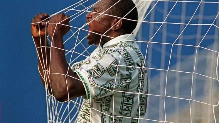 A equipe africana, que tinha como segundo uniforme uma camisa branca com detalhes verdes, conquistou o inédito ouro olímpico vencendo a Argentina na final, por 3 a 2.