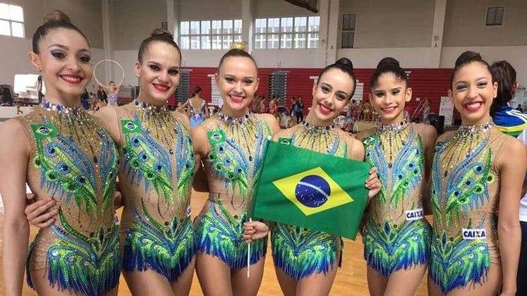 A equipe brasileira de ginástica rítmica vai tentar o ouro a partir das 22h.