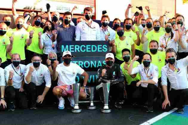 A equipe Mercedes fez nova dobradinha em 2020 e também comemorou bastante