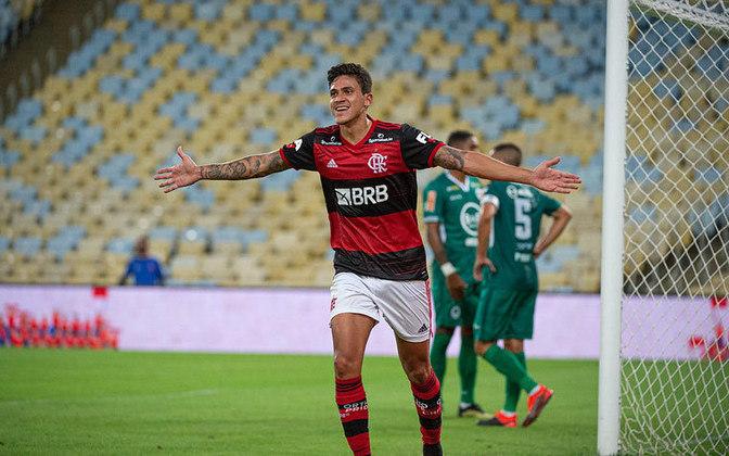 A equipe reserva do Flamengo tem bons nomes como Diego, Pedro (foto) e Michael. Uma equipe somente com jogadores do banco teria: César; João Lucas, Thuler, Matheus Dantas e Renê; Thiago Maia, João Victor e Diego; Pedro Rocha, Michael e Pedro.