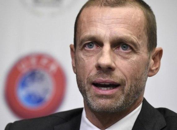A Eurocopa, que aconteceria neste ano, foi transferida para 2021