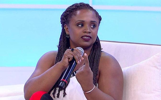A ex-ginasta Daiane dos Santos é uma voz bastante ativa na luta contra o racismo no Brasil e já afirmou que deveríamos educar melhor nossos filhos sobre a questão racial.