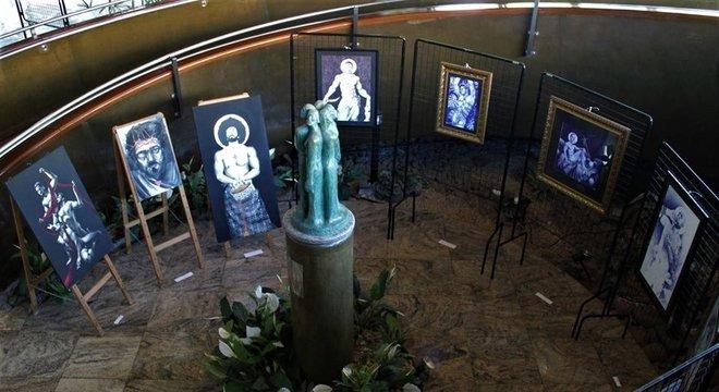 A exposição acontece no Espaço Cultural Mário Crosa Crédito: Juli Hoff / Divulgação / CP