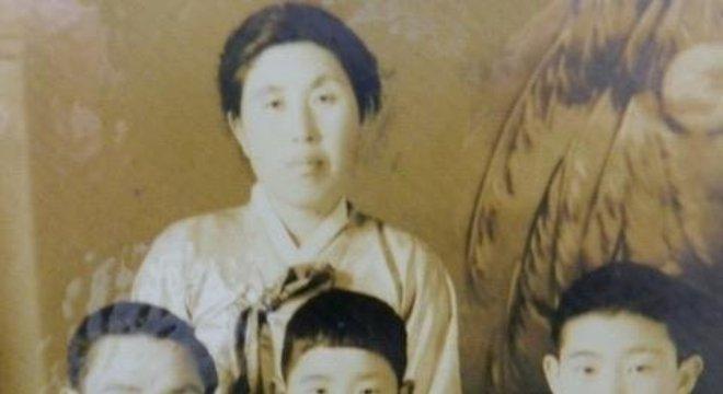 Lee Gyong-pil A família de Kimchi 5 O resgate