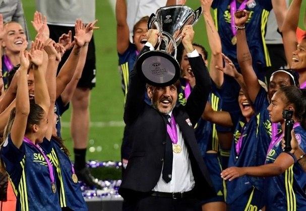 A fase final da edição de 2019/2020 da Liga dos Campeões feminina foi disputada apenas a partir de agosto. A temporada seguinte começou em seguida. Outras ligas também tiveram alterações de datas