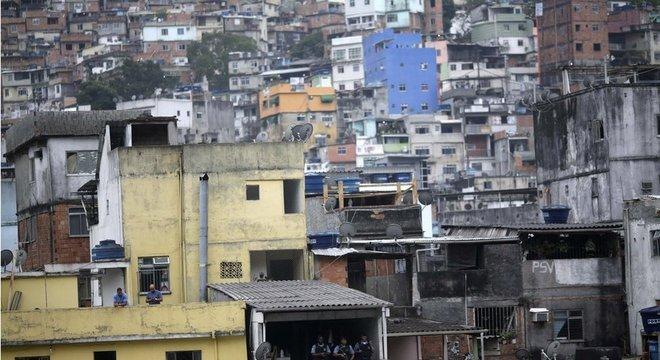 A favela da Rocinha é uma área endêmica de tuberculose