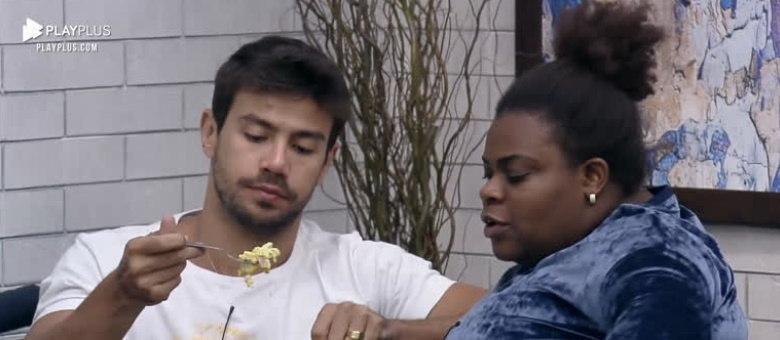 """O sertanejo Mariano, que faz dupla com Munhoz, fez sucesso com o hit """"Camaro Amarelo"""""""