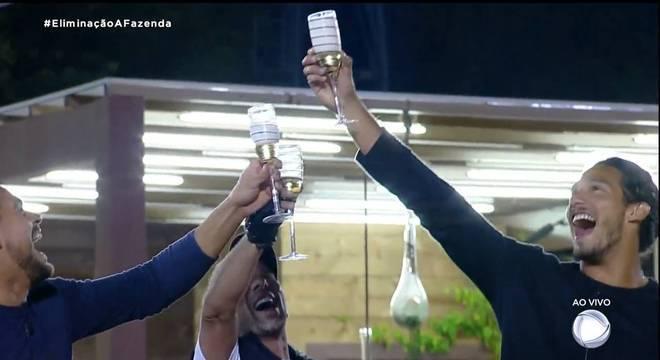 Caique Aguiar, Rafael Ilha e João Zoli formam o trio de finalistas de A Fazenda
