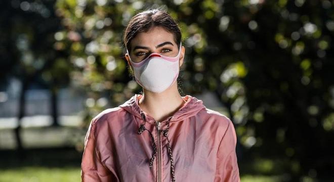 A Máscara KNIT Fiber se adapta ao rosto e bloqueia partículas muito pequenas, garantindo o conforto e a proteção necessária