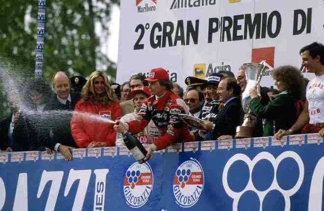 A Ferrari ordenou que os pilotos andassem em ritmo mais lento. Villeneuve entendeu que era para manter a posição. Ao ser passado, sentiu-se traído por Pironi. Foi a última corrida do canadense na F1, pois morreu na classificação para o GP da Bélgica dias depois