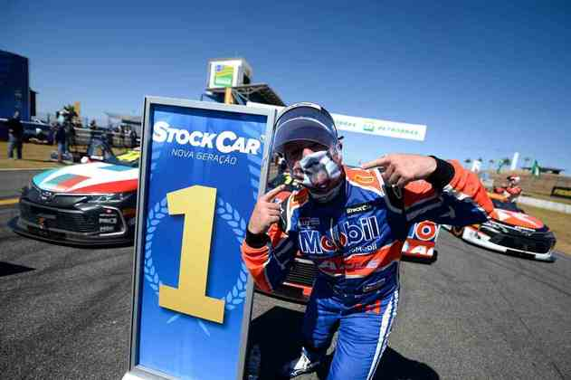 A festa de Barrichello após a conquista na Stock Car