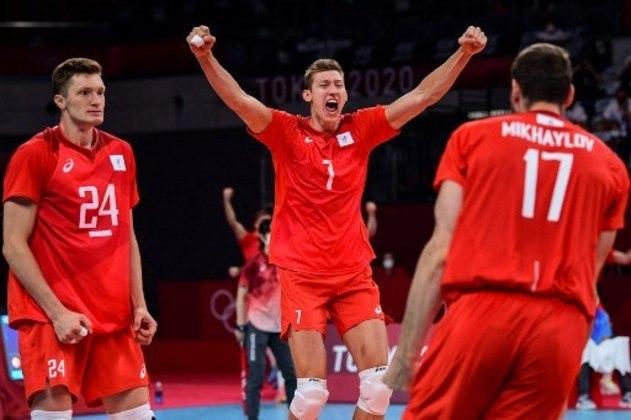 A final masculina do vôlei será às 9h15, entre França e Comitê Olímpico Russo, que são os favoritos.