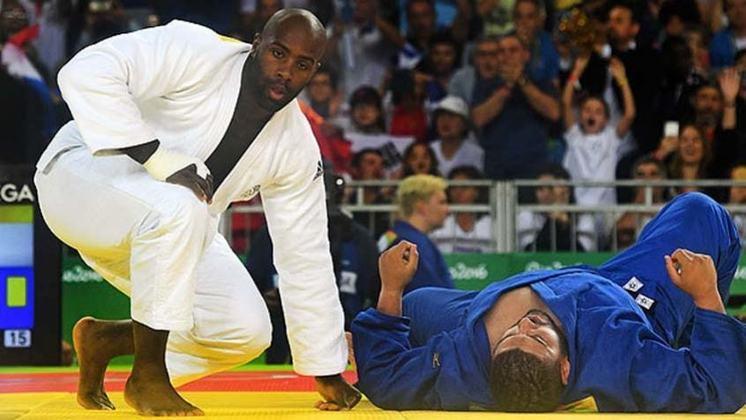 A França aparece na quarta colocação entre os países com mais medalhas na história dos Jogos de Verão. São 716 premiações para franceses. Na foto, o judoca Teddy Riner, atual bicampeão olímpico.