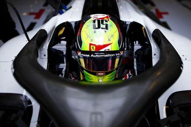 A Haas chega com duas novidades em 2021. A primeira é o alemão Mick Schumacher, campeão da F2 e filho do heptacampeão mundial Michael Schumacher