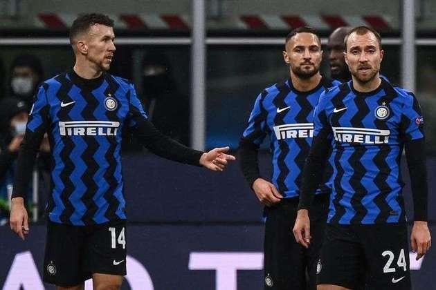 A Inter de Milão foi uma das equipes que mais decepcionaram em 2020. Com grandes investimentos, inclusive com a chegada de Eriksen em janeiro, o time não conseguiu ser regular e jogar bem com Antonio Conte. Foi mais uma equipe que passou o ano em branco, eliminada da Copa da Itália, vice no Campeonato Italiano, sendo que a Juve ganhou o torneio de forma antecipada, além da derrota na final da Liga Europa. Neste ano, o clube nerazurri está atrás do maior rival, o Milan, no Calcio, além de ter sido última colocada em seu grupo na Champion League e estar fora de qualquer competição europeia na temporada.