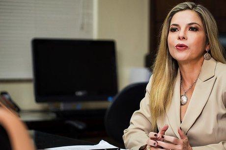 A presidente da associação dos juízes do trabalho, Noemia Porto, diz que há 'um ambiente de medo' devido à cobrança de custas e honorários