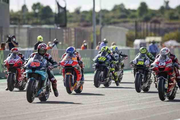A largada do GP da Europa da MotoGP