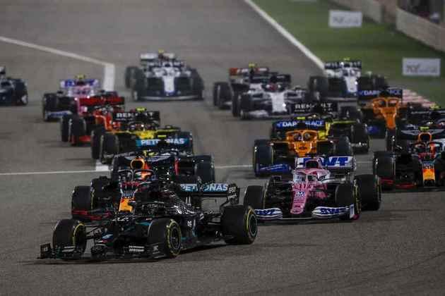 A largada do GP do Bahrein.