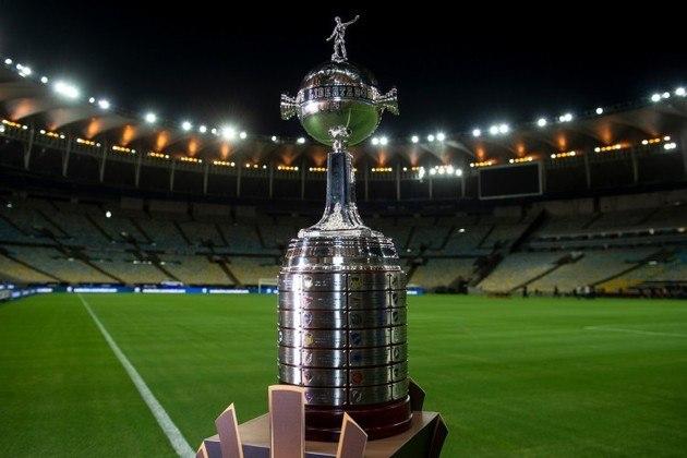 A Libertadores 2021 está prestes a começar, por isso, a reportagem elaborou um guia completo da competição mais cobiçada da América do Sul, analisando a perspectiva de cada time na fase de grupos. Confira!