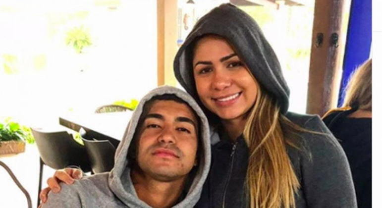 Ministério Público pede abertura de quatro processos contra ex-mulher do jogador Dudu