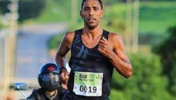 A maratona masculina será às 19h, com três brasileiros no páreo: Daniel Chaves (foto), Daniel Nascimento e Paulo Roberto de Paula.