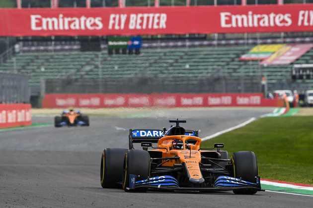 A McLaren colocou os dois carros na zona de pontuação no GP da Emília-Romanha