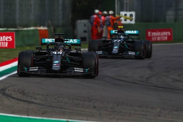 A Mercedes conseguiu mais uma dobradinha na temporada 2020