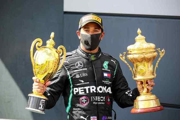 A Mercedes venceu as quatro corridas disputadas. 3 com Hamilton e 1 com Bottas