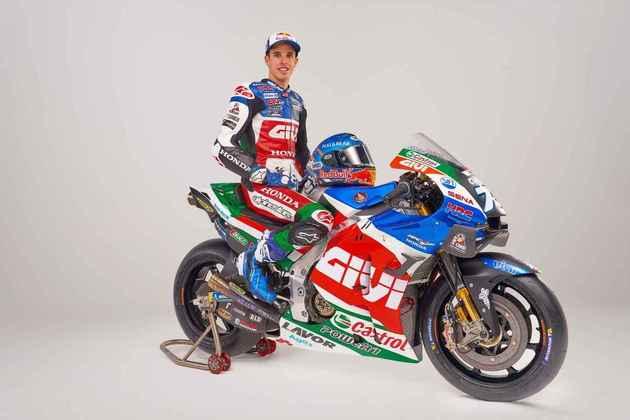 A moto de Márquez mostrou-se bem colorida, com tons de azul, verde, vermelho e detalhes brancos