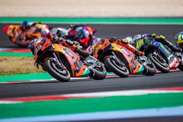 A MotoGP também foi afetada e cancelou diversas etapas, como os GPs de Japão, Argentina, Tailândia, Malásia e Américas, que seria disputado nos Estados Unidos.