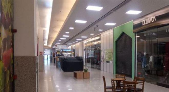 A Multiplan administra shoppings como o Morumbi Shopping, em São Paulo, o Barra Shopping, no Rio de Janeiro, e o Park Shopping Barigüi, em Curitiba–que já contam com o drive-thru