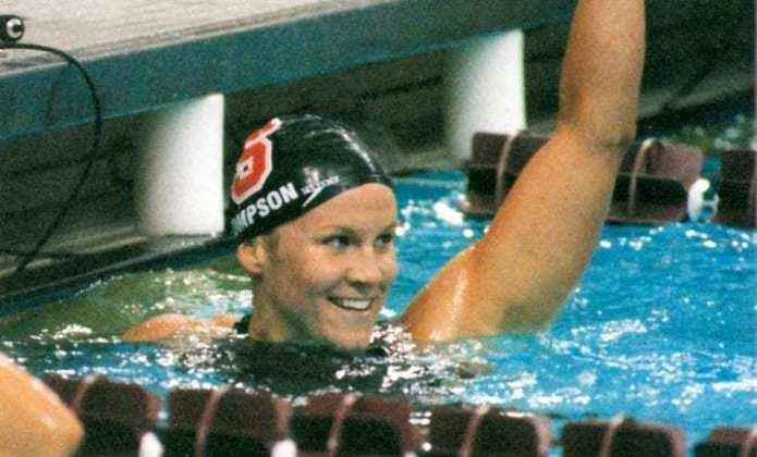 A nadadora Jenny Thompson, dos Estados Unidos, conquistou 12 medalhas em Jogos Olímpicos de Verão. Foram oito de ouro, três de prata e uma de bronze entre Barcelona (92) e Atenas (2004).