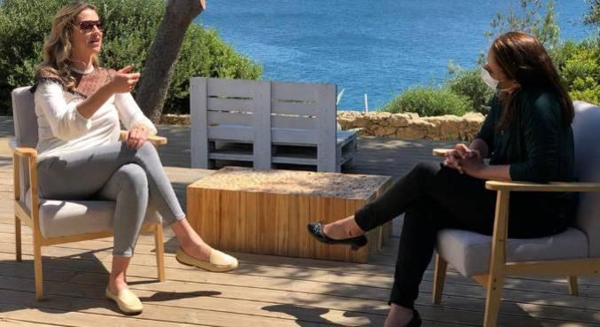 Luana Piovani abre sua casa em Portugal e fala sobre o desafio de educar três filhos pequenos