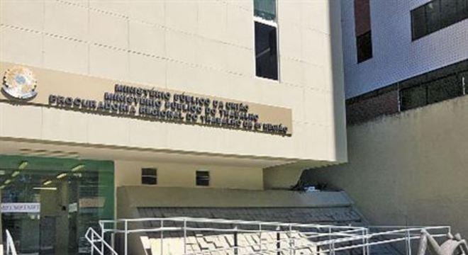A partir das denúncias, foram instaurados 1.322 inquéritos civis para apurar as irregularidades atribuídas aos empregadores