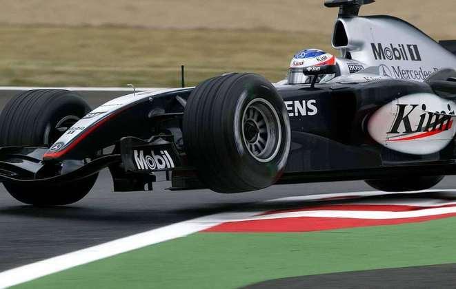 A partir do GP da França, a McLaren apresentou novidades no agora MP4/19B e até conseguiu pódios. Räikkönen ainda garantiu uma vitória no GP da Bélgica