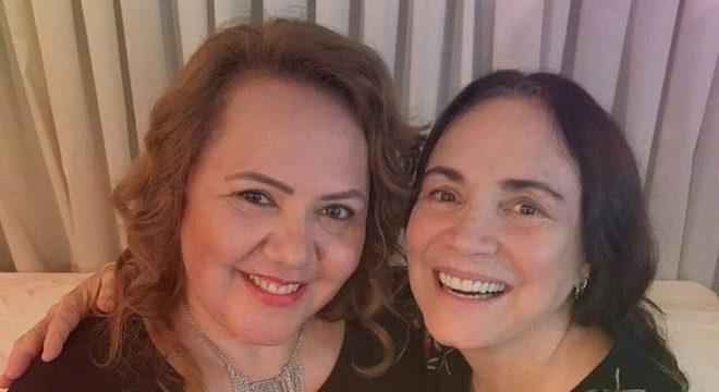 A pastora Jane Silva e a secretária da Cultura, Regina Duarte
