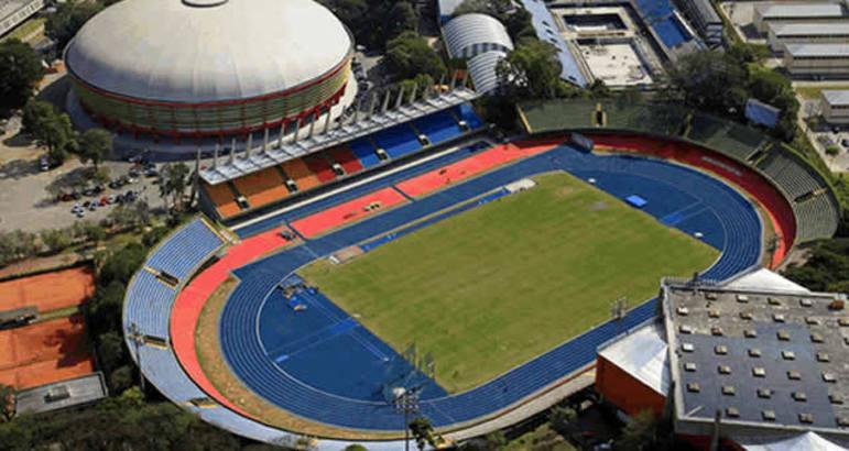 A pista do Complexo do Ibirapuera, em São Paulo, se transformará em um hospital com capacidade para 240 leitos. Ao seu lado, fica o ginásio que já recebeu grandes eventos, como o Mundial Interclubes de basquete, o Mundial feminino de basquete de 2006 e as finais da Superliga de vôlei.