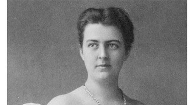 No século 19, a imprensa se refere a Frances Cleveland como 'a primeira-dama da nação'