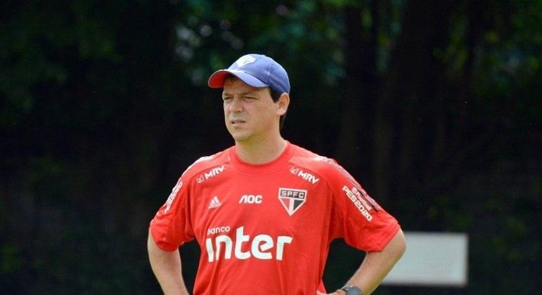 Fernando Diniz terá que 'quebrar a cabeça' para escalar o São Paulo no clássico