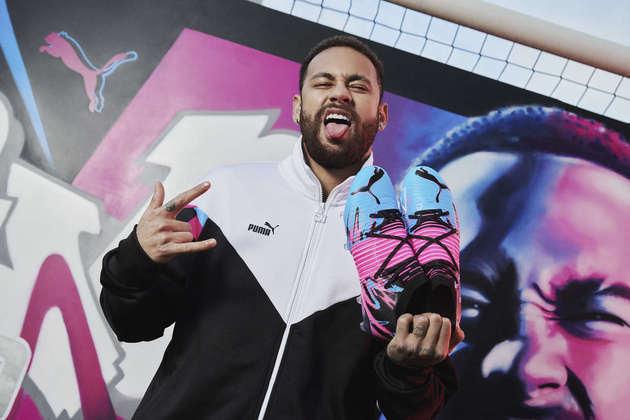 A Puma lançou a coleção Neymar Jr. Creativity, apresentando a nova chuteira