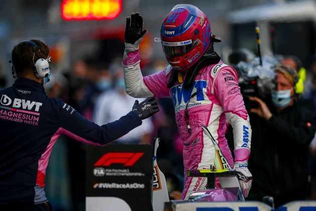 A Racing Point mudou de nome e virou Aston Martin. Um dos pilotos, porém, segue igual: Lance Stroll, filho do dono, continua na equipe